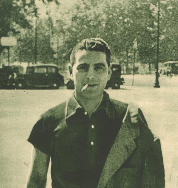 Attilio Ferraris sigaretta